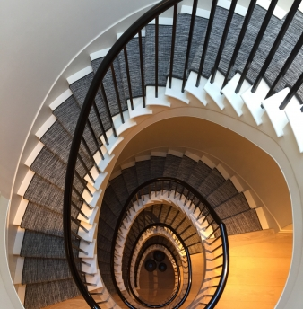 Ten Beautiful Staircases